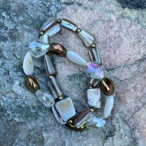 Set of 2 shell and crystal bracelets